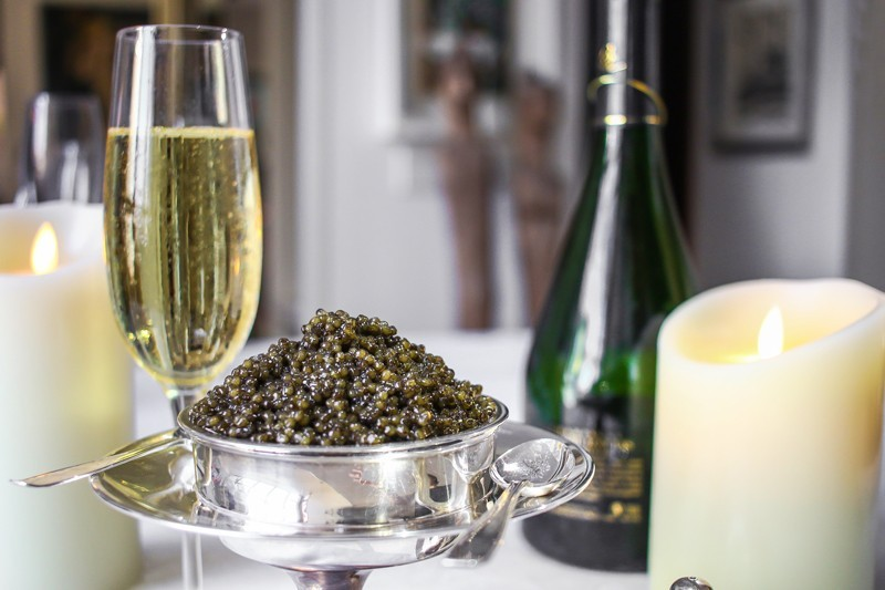 what to drink with black caviar